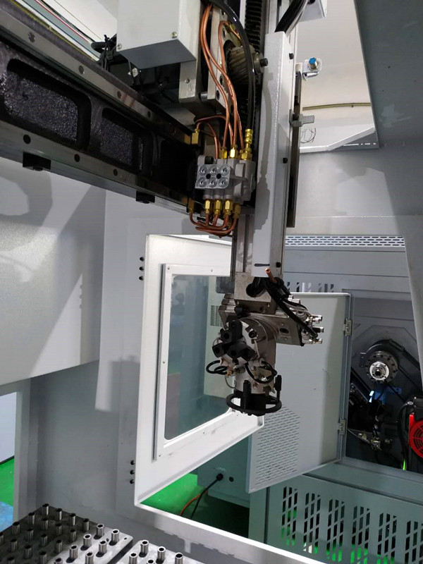 high-end application  of GONGTIE  CNC lathe